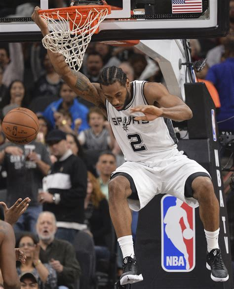 spurs show grit against lebron cavs for 32nd win