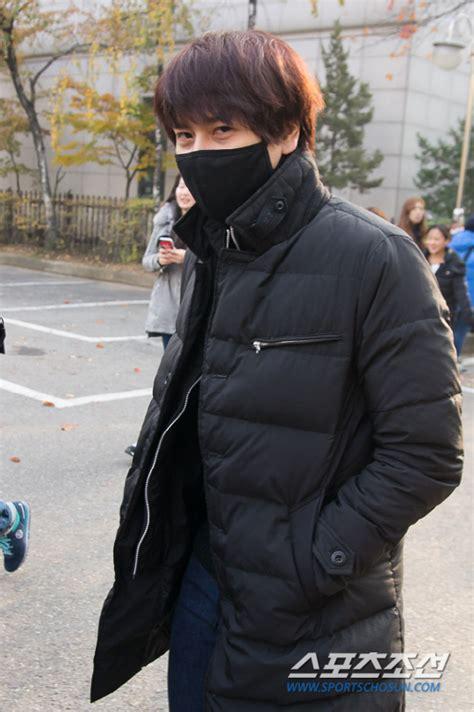 Junior Kyuhyun Waiting Still kyuhyun 3rd album waiting still kyuhyun page 136
