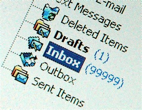 5 Hacks to Combat Email Overload   Ryan Holmes   LinkedIn