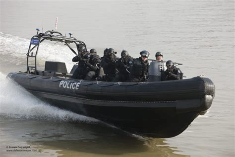 thames river police twitter thames river police boarding teams in olympics security ex