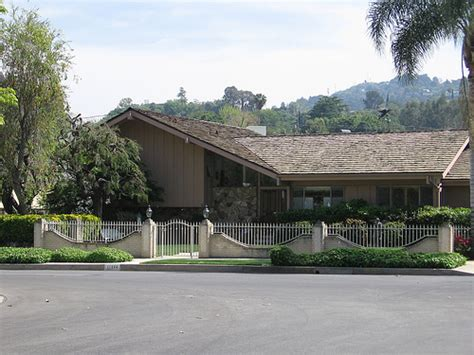 brady bunch house brady bunch house flickr photo sharing