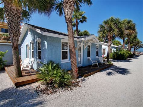 Daytona Cottages For Rent Blue Heron Cottage Beachside Heated Pool Vrbo
