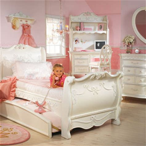 Disney Princess Sleigh Bedroom Set by Disney Princess 8 Sleigh From Funiture1inc On
