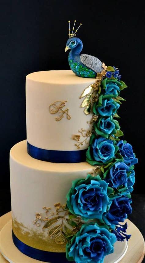 hochzeitstorte pfau peacock as an inspiration for cake decoration