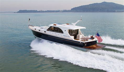 best cruising power boats under 40 feet 10 top motor yachts and power cruisers of 2013 boats