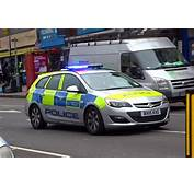 London Metropolitan Police Car Responding  New Astra