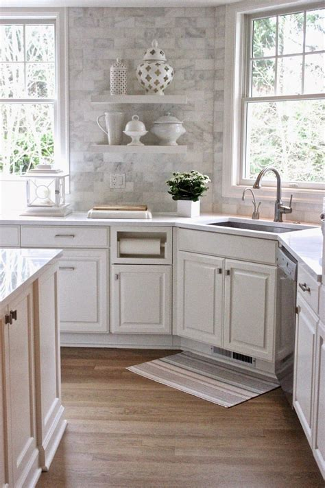 Backsplash With Marble Countertops White Quartz Countertops And The Backsplash Is