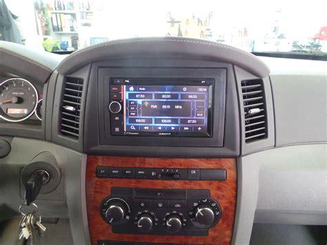 jeep grand radio autoradio einbau jeep grand ars24 onlineshop