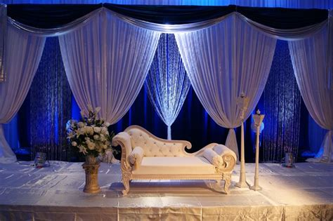 Royal Blue And Ivory Wedding Decorations by 1000 Images About 3d Wedding Stages On