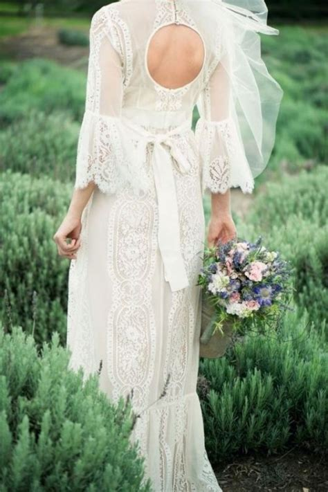 Backyard Wedding Gowns 30 Stylish And Pretty Backyard Wedding Dresses Weddingomania