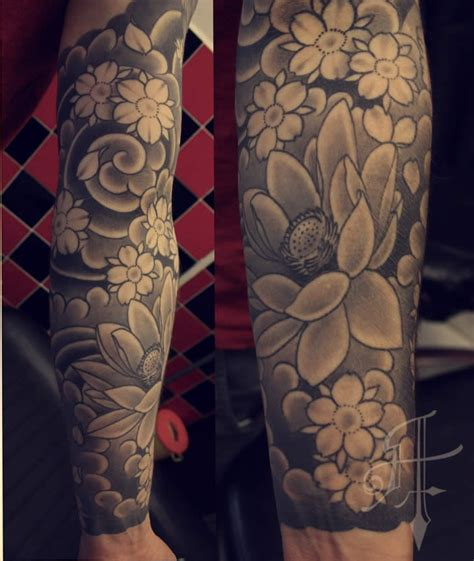 sakura tattoo black and white sleeve tattoo steunk grey cherry blossom tattoo sleeve background view more