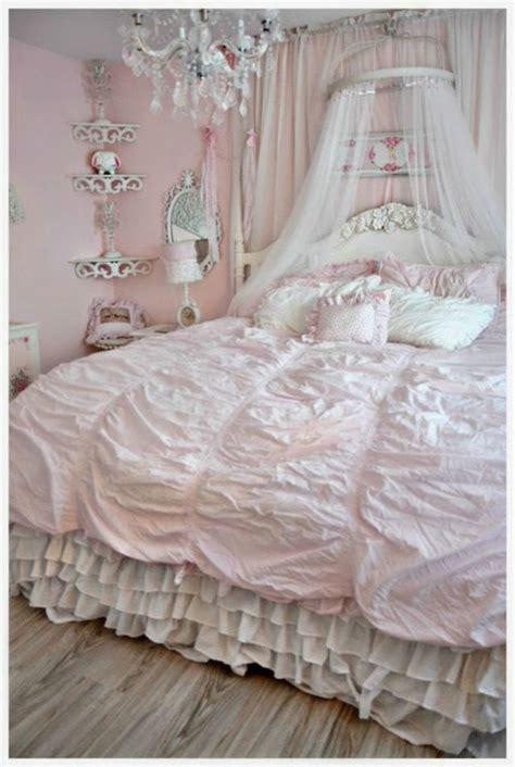 best 25 romantic shabby chic ideas on pinterest romantic room decoration shabby chic rooms