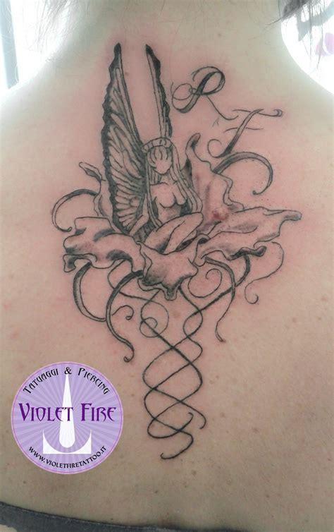 fiori per tatuaggio tatuaggio tatuaggio grande tatuaggio artistico