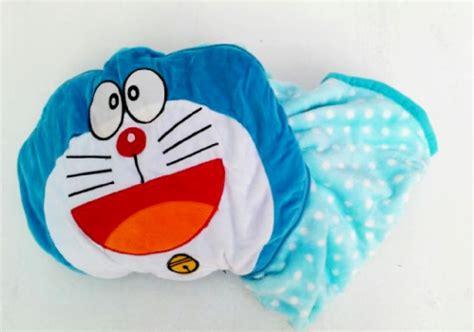 Bantal Selimut Custom Bisa 2 Motif perlengkapan anak motif doraemon toko bunda
