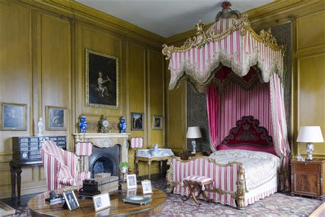 Home Interior Wall Hangings The Queen S Bedroom At Belton House Lincolnshire Belton
