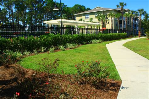 commercial landscape maintenance panama city sandestin