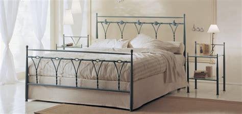 ikea letti ferro battuto letto in ferro battuto con decorazioni naturalistiche