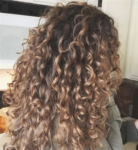 curly hair color diy balyage using shea moisture hair dye in the color