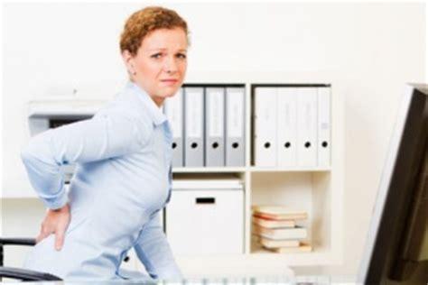 starke rückenschmerzen beim liegen iliosakralgelenk syndrom isg syndrom ursachen