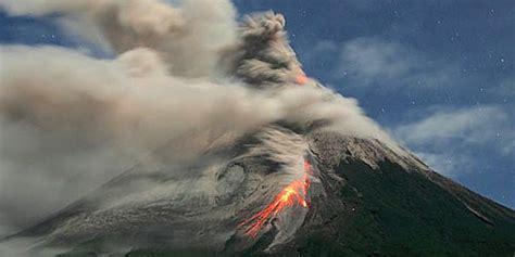 detik detik gunung agung meletus dhes desyca