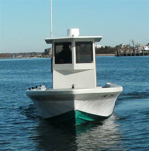 rhode island charter boats the reinell 25 rhode island charter fishing boat for
