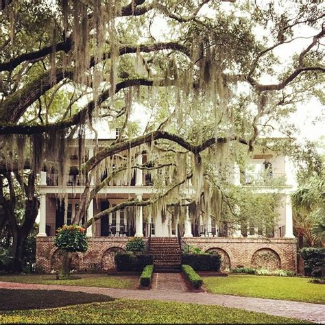 southern plantation style homes 17 best ideas about plantation style houses on