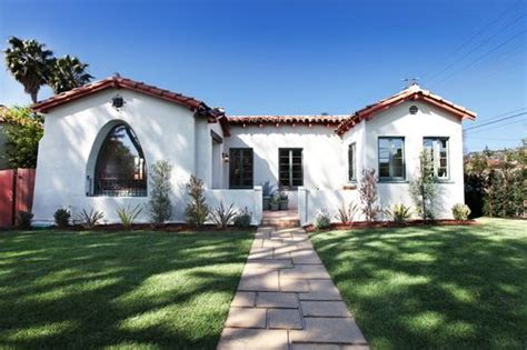 spanish bungalow dream home l a spanish bungalow homey pinterest