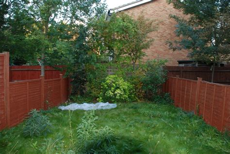 Small Back Garden Ideas Small Back Garden Cox Garden Designs