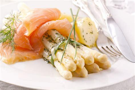 recherche recette de cuisine recette saumon fum 233 asperges blanches en vinaigrette