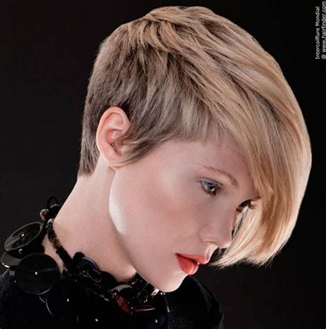 whats trending in hair styles 15 chic short haircuts most stylish short hair styles