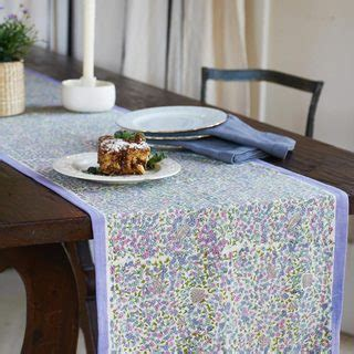 couleur nature table runner couleur nature sunflower table runner 16620540