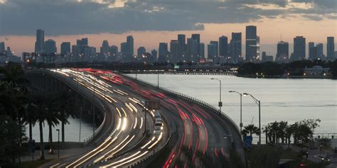 Traffic Search Miami South Florida Traffic May Soon Be Run By A Wireless Command Center That Communicates