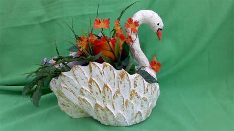 imagenes de animales reciclados cisne hecho de carton youtube