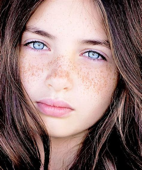 natalie brown hair blue eyes girl big bright blue eyed girl lilly kruk portrait
