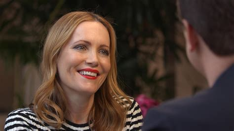 leslie mann trump leslie mann shares the real story behind her marriage to