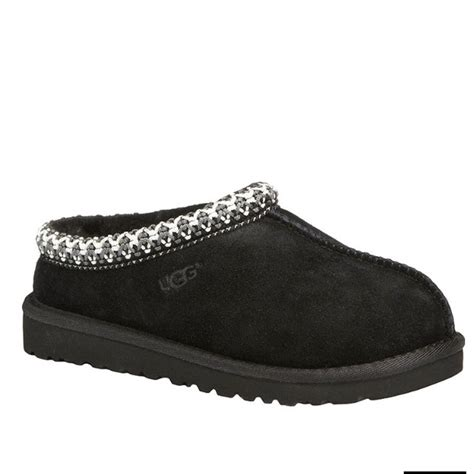 44 ugg shoes black slip on uggs from kaitlyn s