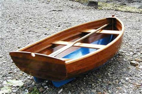 zelf roeiboot bouwen bouwpakketten voor houten boten de bootbouwer