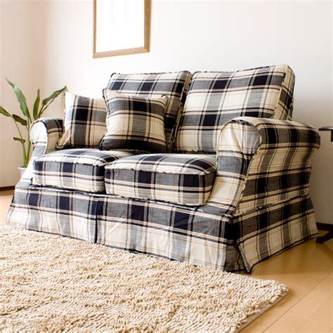 blue plaid sofa 1000 ideas about country sofas on pinterest plaid sofa