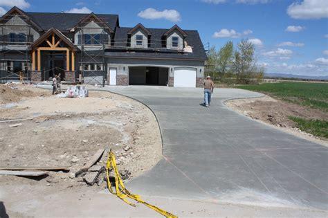 riverstone concrete driveways