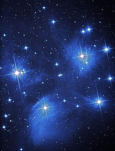 wallpaper bintang malam hari mengapa bintang terlihat berkelap kelip di malam hari