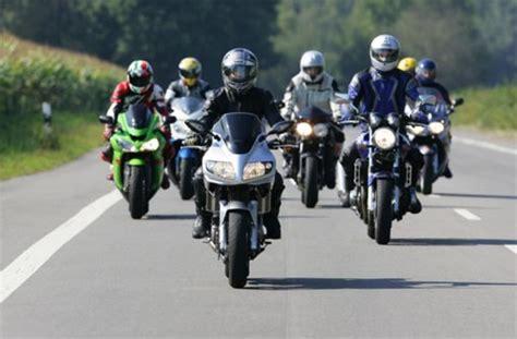 Motorradtouren Zollernalbkreis by Balingen Kontrolle Am Lochen Polizei Blitzt 255 Raser
