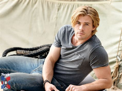 hottest man in the world 2015 chris hemsworth i learned to be sexy from matt damon