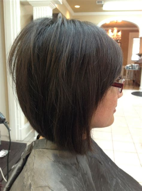slightly layered bob medium layered inverted bob google search bangs with