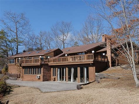 Cabin Rentals In Gatlinburg Tn With Pool by Gatlinburg Cabin Rentals Panorama Point Pool