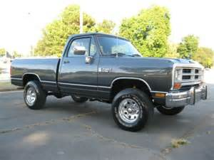 purchase used 1987 dodge ram w100 4x4 318 v8 bed 4