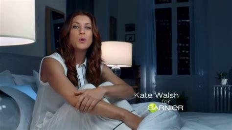 garnier commercial actress garnier commercial kate walsh garnier ultra lift sleeping