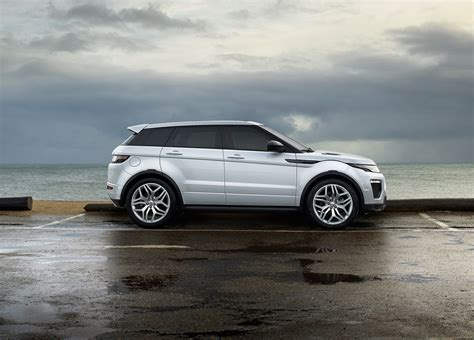 land rover evoque 2016 range rover evoque 2016 sweeps in with fresh wardrobe by