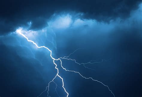 lighting images bitcoin s lightning network moves closer to compatibility