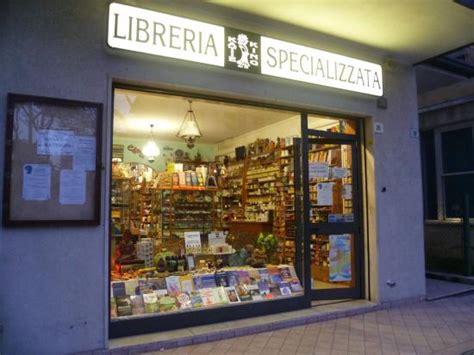 librerie esoteriche roma il negozio foto di libreria king cesenatico