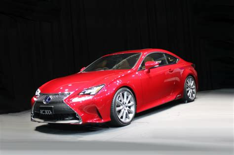 new lexus rc is available with some new colors